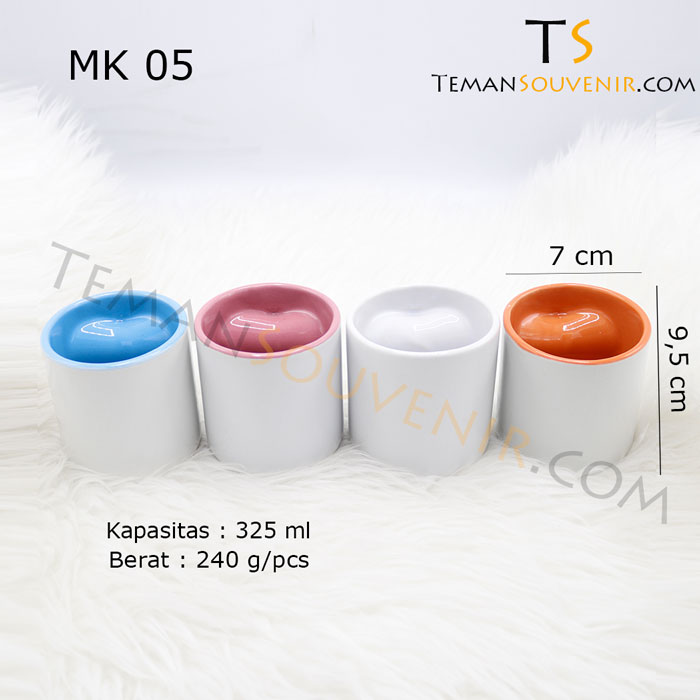 MK 05-Mug Love,souvenir promosi,merchanidise promosi,barang promosi,barang grosir