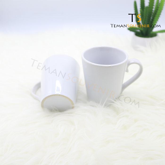 MK 04-Mug V