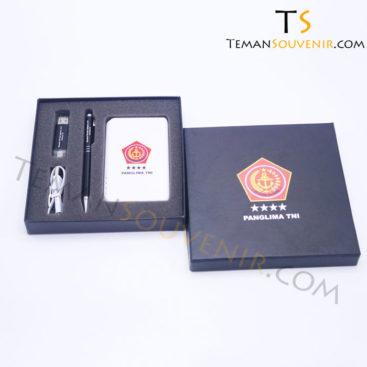 GIFSET 3 IN 1 - P 401 P, PM 17 & UMT OTG 01, barang promosi, barang grosir, souvenir promosi, merchandise promosi