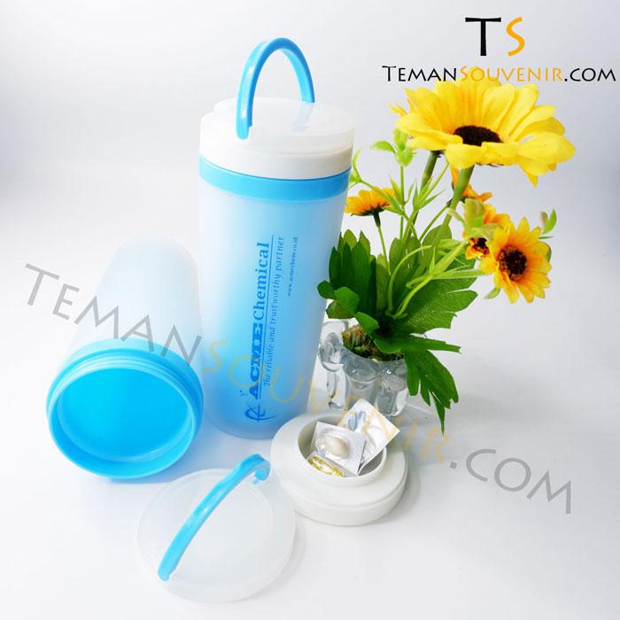 TP 03 - Acme chemical - Teman Souvenir