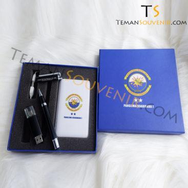 Souvenir promosi murah Gifset 3 in 1,souvenir promosi,merchandise promosi,barang promosi,barang grosir