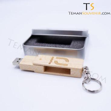 Souvenir promosi USB Kayu,souvenir promosi,merchandise promosi,barang promosi,barang grosir