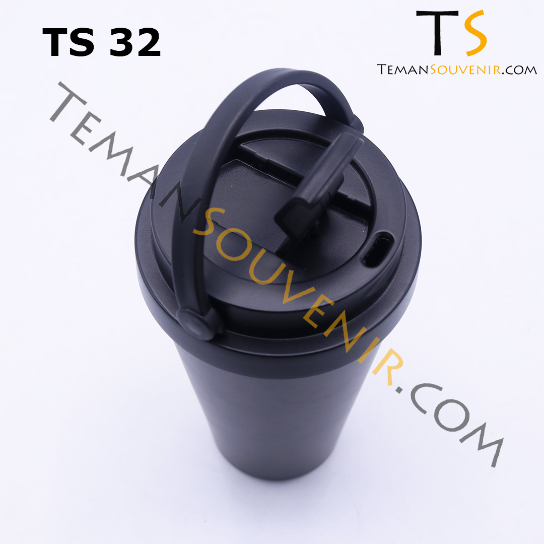 TS 32 B